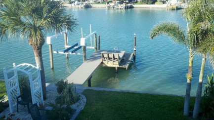 Azek Dock and 10,000LB Deco Lift in Treasure Island, FL